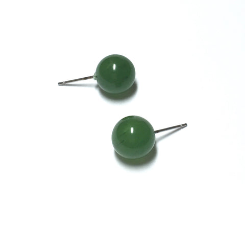 dark green stud