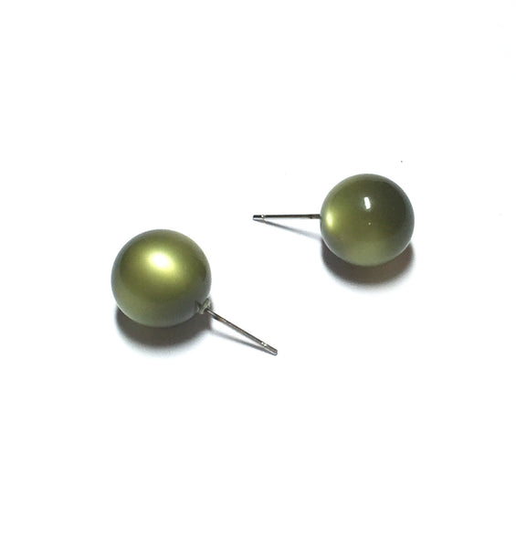 olive moonglow studs