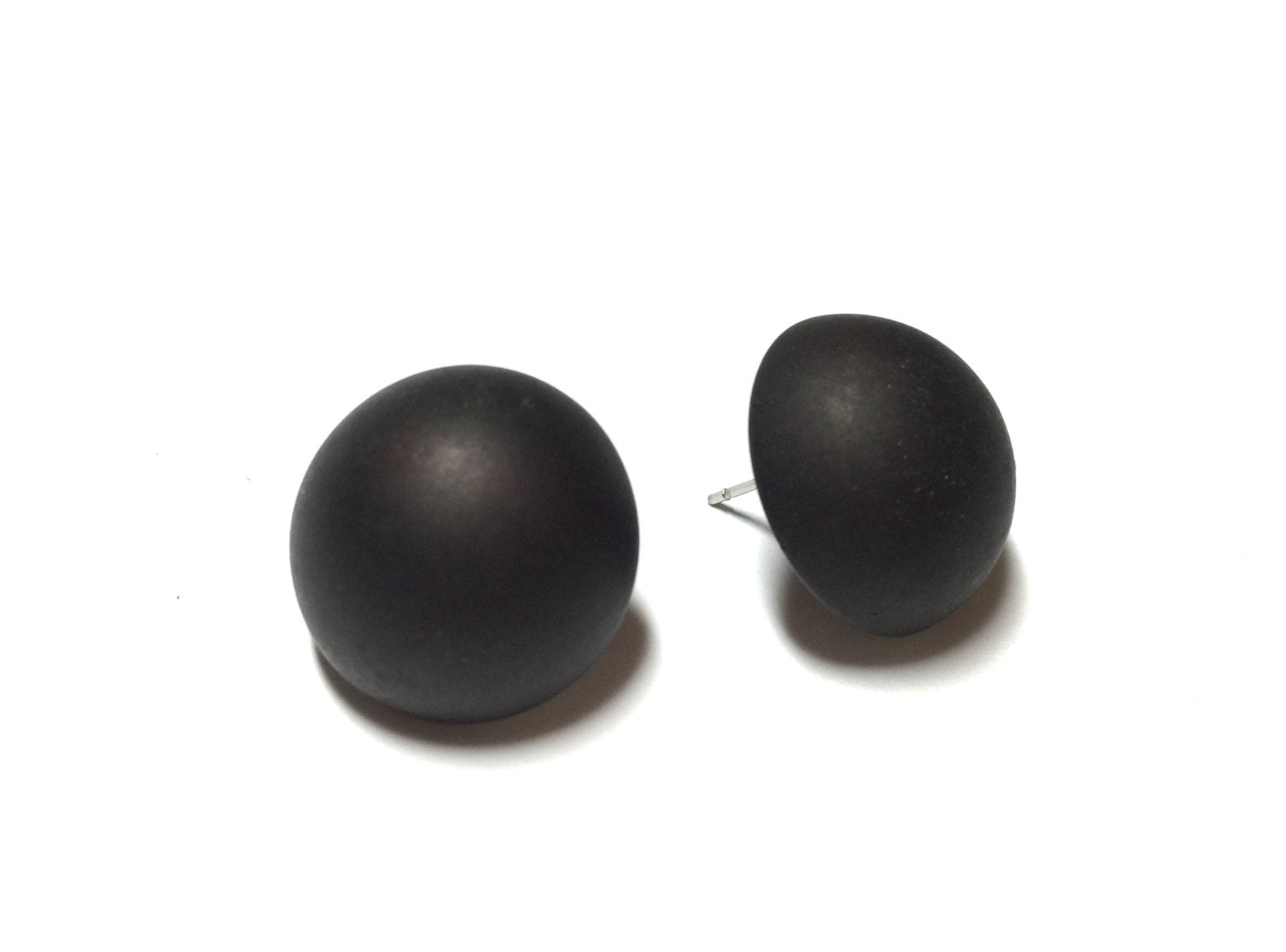 flat black earrings