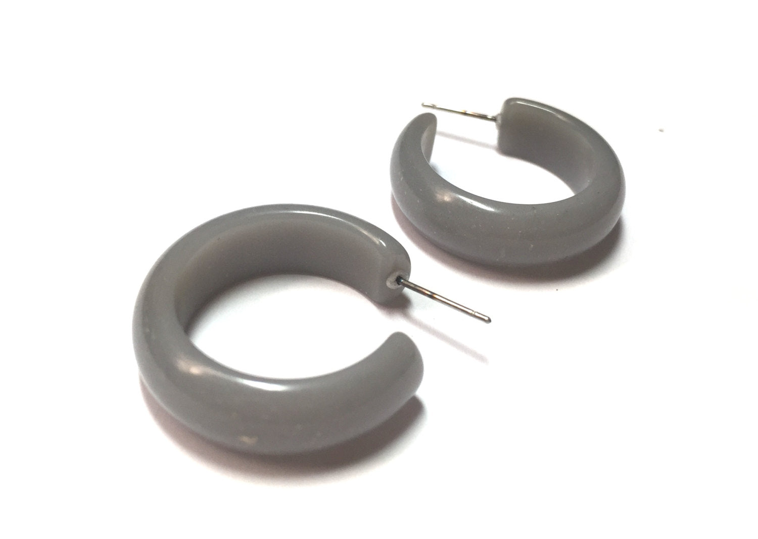 grey speckled hoops
