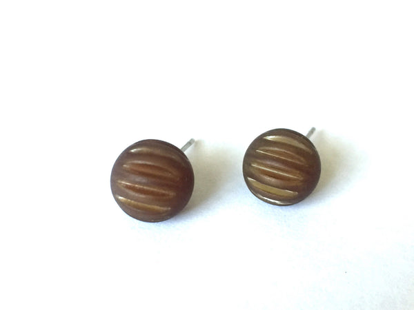 small brown stud earrings