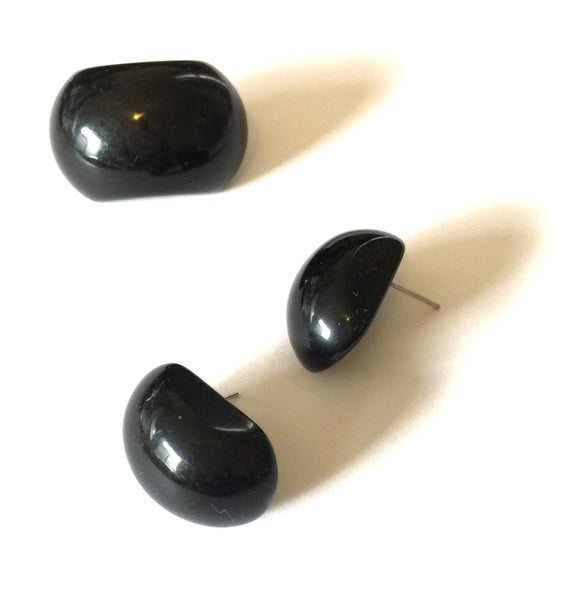 retro black stud earrings