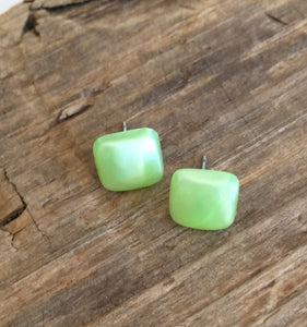 square studs lime