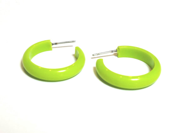 small bright green earrings