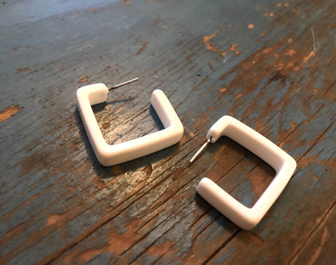 white square hoops