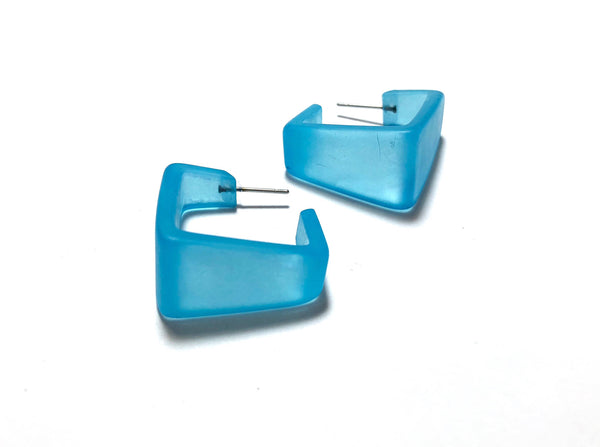 wide square aqua hoops