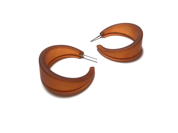 tapered brown hoops