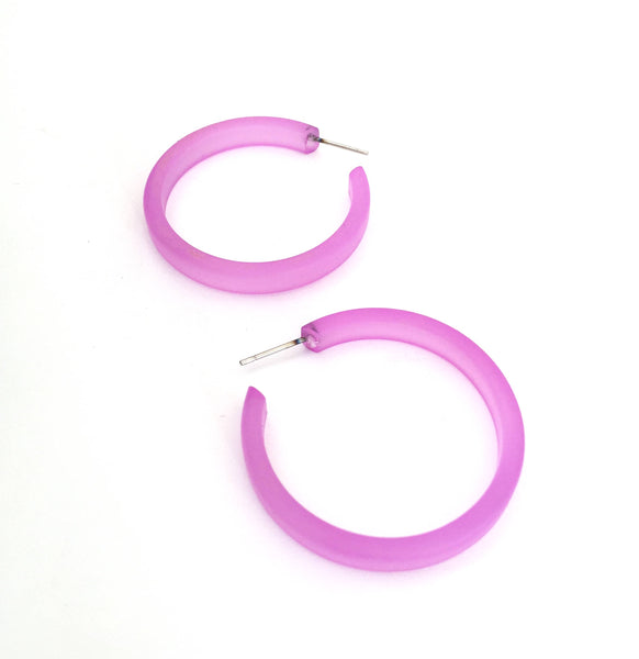 lilac classic hoop earrings