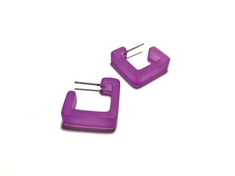 small square hoops violet