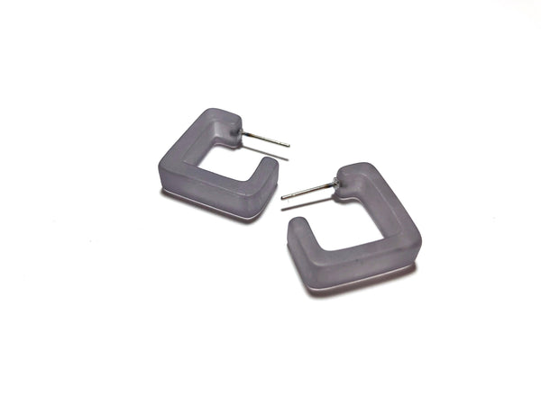 small square earrings grey