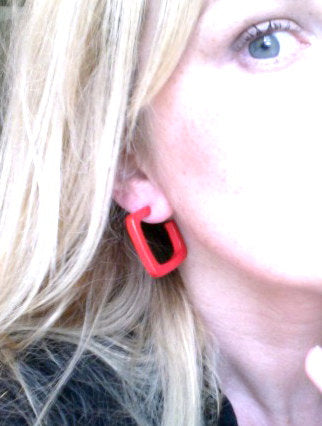 square hoops red