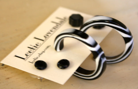 black white earrings set