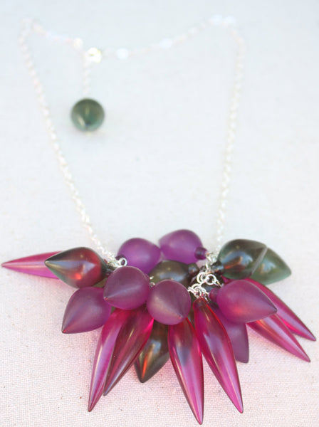 sea spike necklace violet
