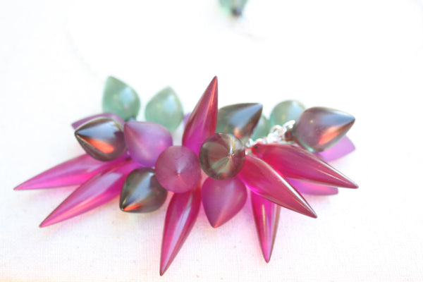 spike statement necklace violet