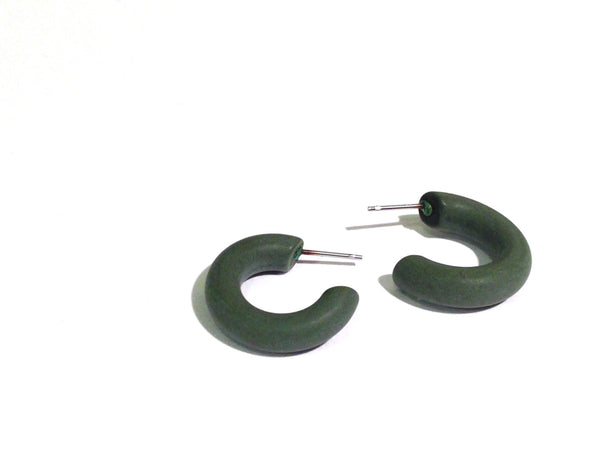 dark green hoops