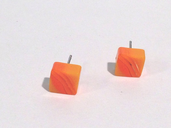 vintage lucite orange stud earrings
