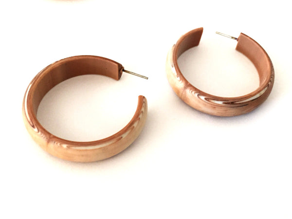 caramel tan hoop earrings