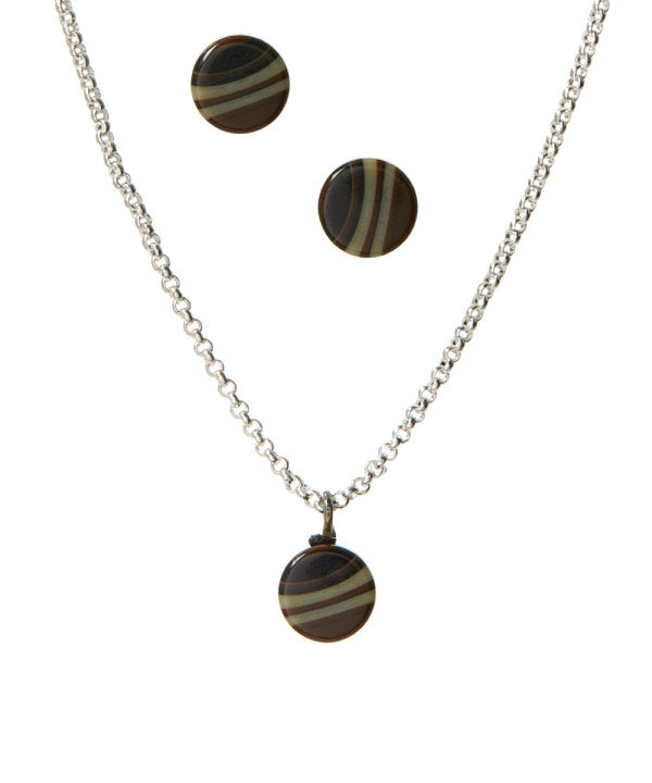 simple necklace brown
