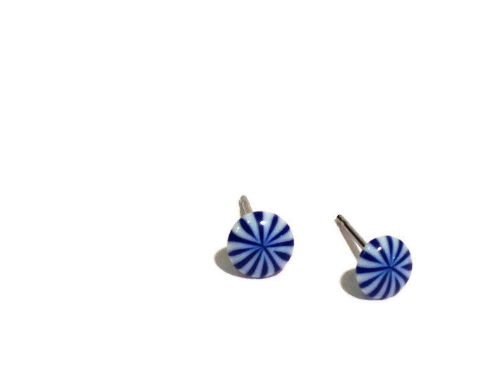 tiny blue white studs