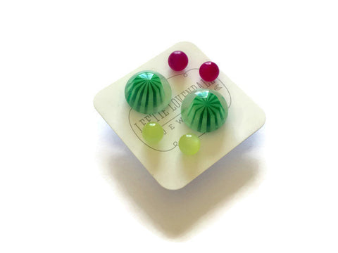 earring suite green pink