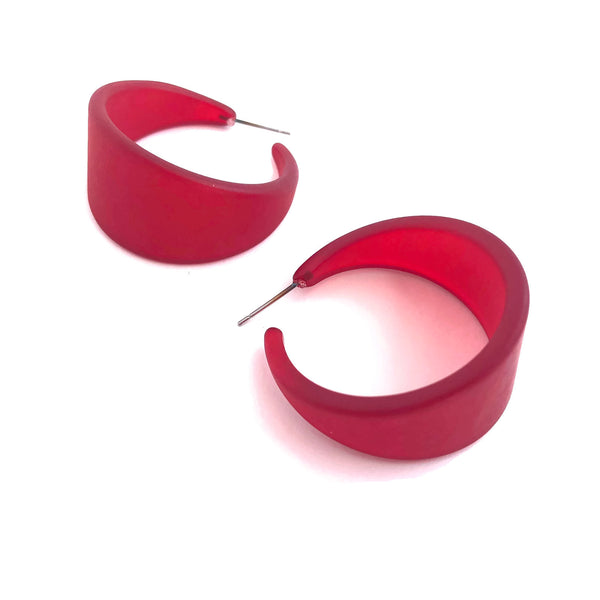 red tapered hoops