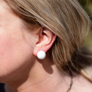 White Retro Button Stud Earrings
