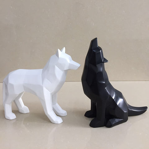 Black and White Wolf Figurine Geometric Origami Animal Sculpture Home Decoration - BETTIKE.com