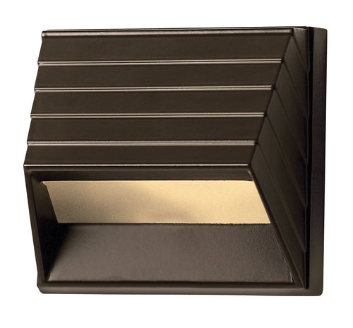 Hinkley Lighting Signature 12V 1.5 watt Bronze Landscape Deck in LED Square Sconce