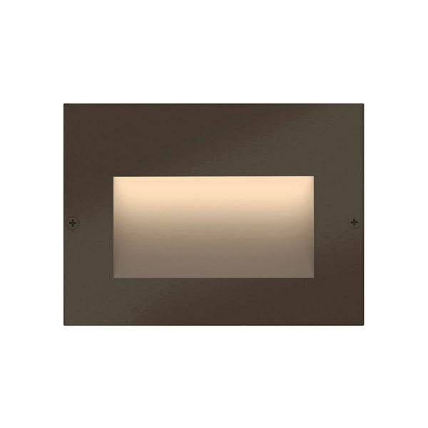 Hinkley Lighting Taper 12V 2.2 watt Bronze Brick and Step Light