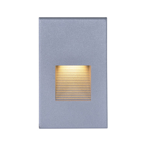 Nuvo Lighting Signature 120V 3 watt Gray Step Light