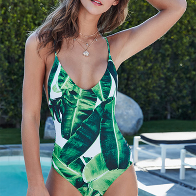 ONE PIECES >