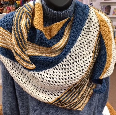 Goldfinch Shawl Kit