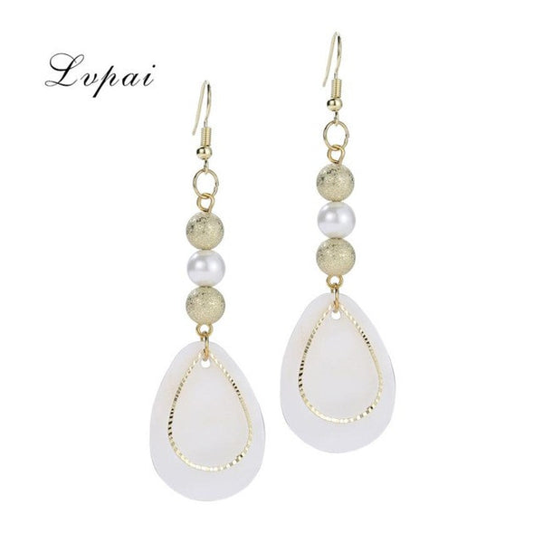 Shell Water Drop Earrings