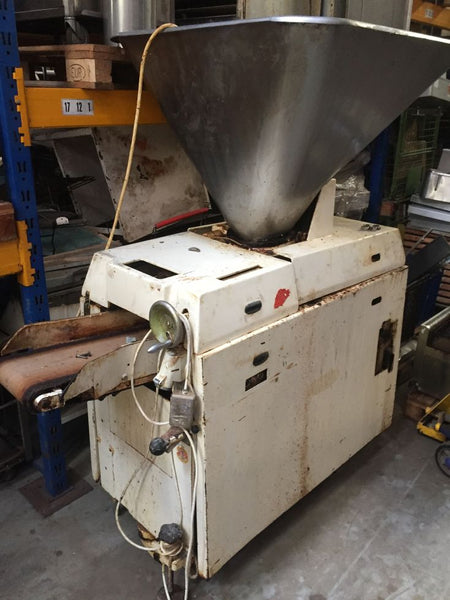 Divider Kemper Minor with 100 kg hopper