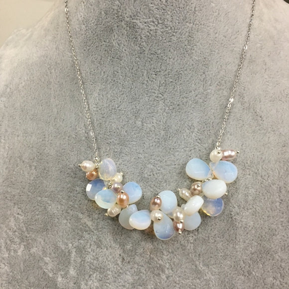 Natural Shining Moonstone Crystal Drop Pearl Necklace