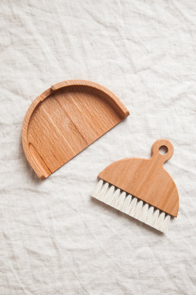 Beech & Horse Hair Crumb Brush