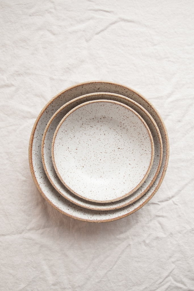 Nesting Serving Bowls / Sand