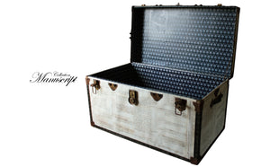 CASABLANCAS Big Size Upcycled Vintage Steamer Trunk Coffee table, steamer trunk vintage, AM Florence, AMFlorence