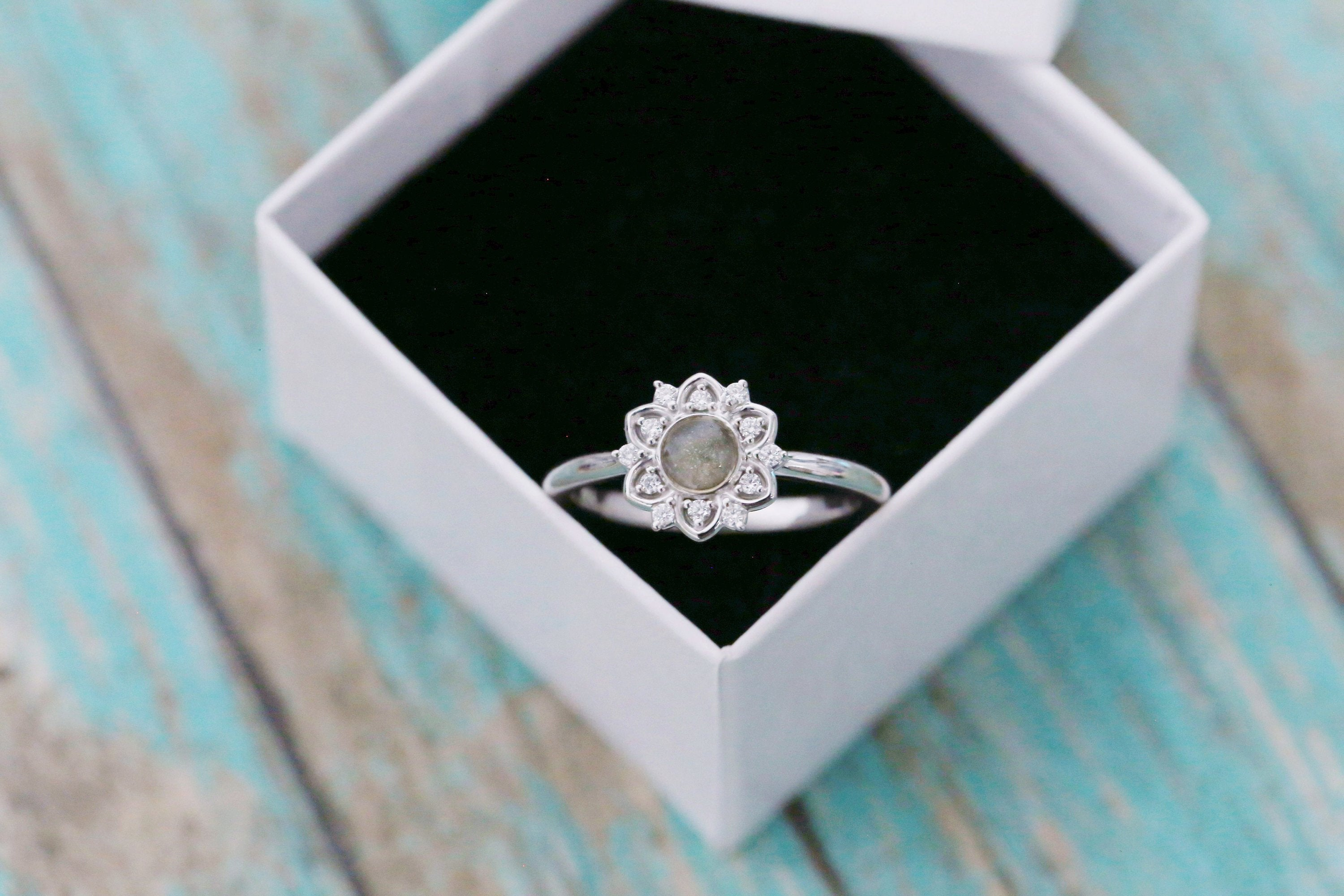Sterling Silver Cremation Ring - Diamond Flower Ring - Cremation Jewelry - Ash Ring - Ash Jewelry - Urn Ring -Urn  Pet Loss