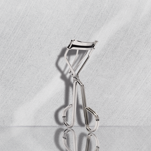 Image of Signature Eyelash Curler