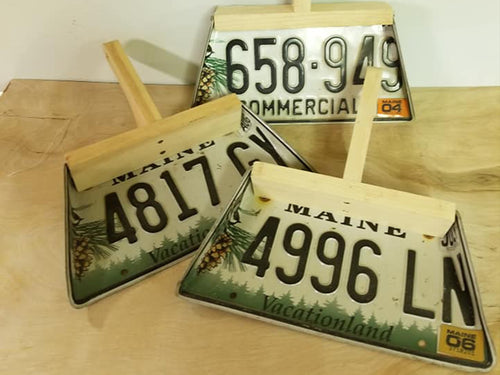 License Plate Dust Pan