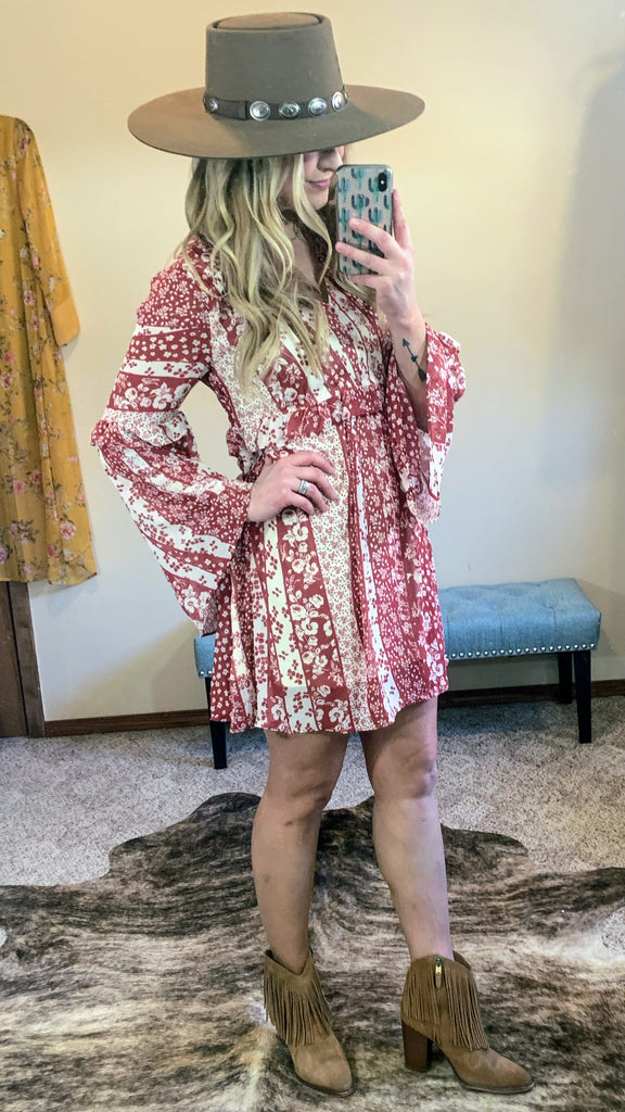 She's Country Floral Bell Sleeve Dress