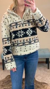 Snowshoe Bend Pullover