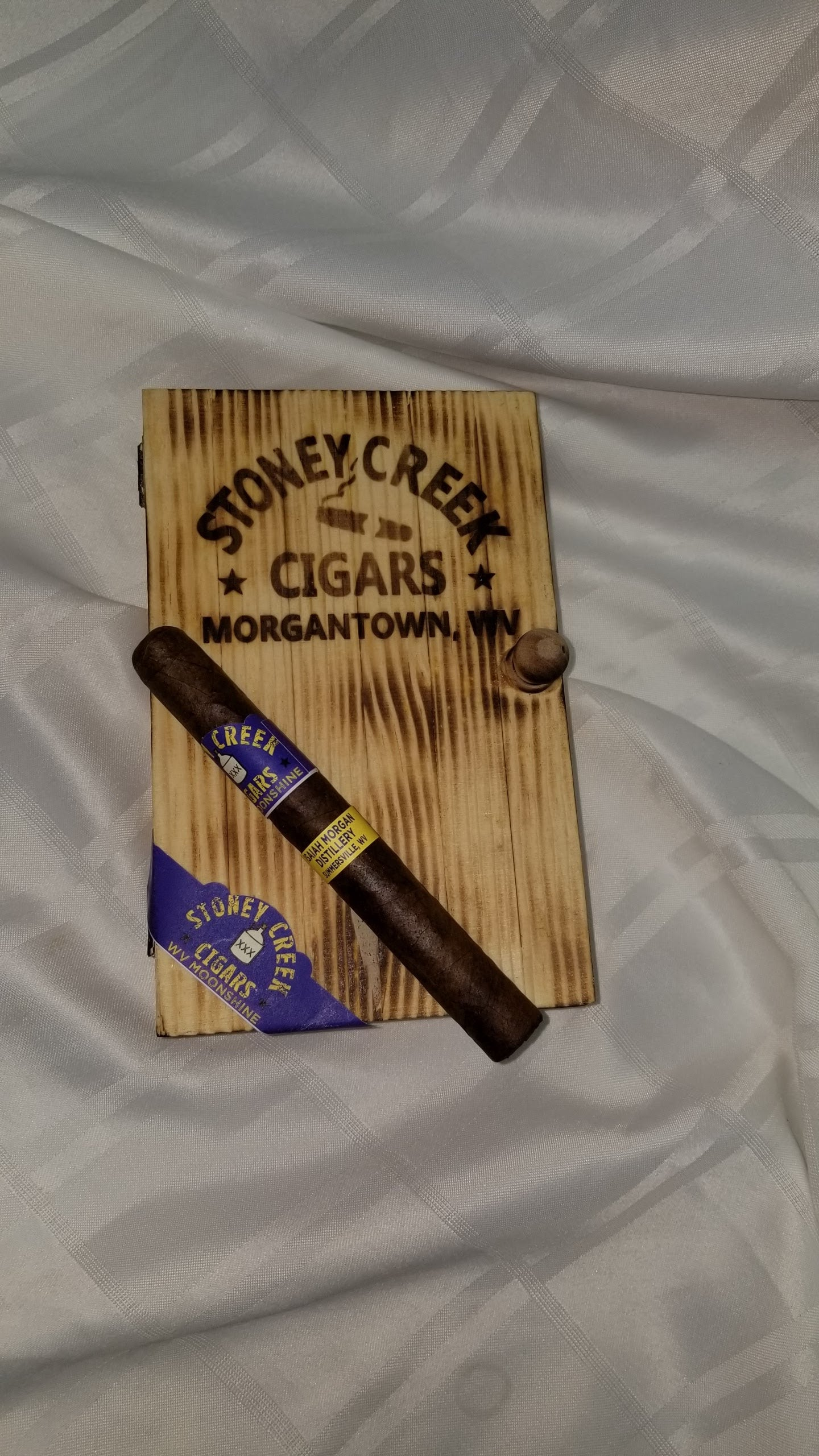 WV Moonshine - 10 pack  <br> includes custom made cigar box