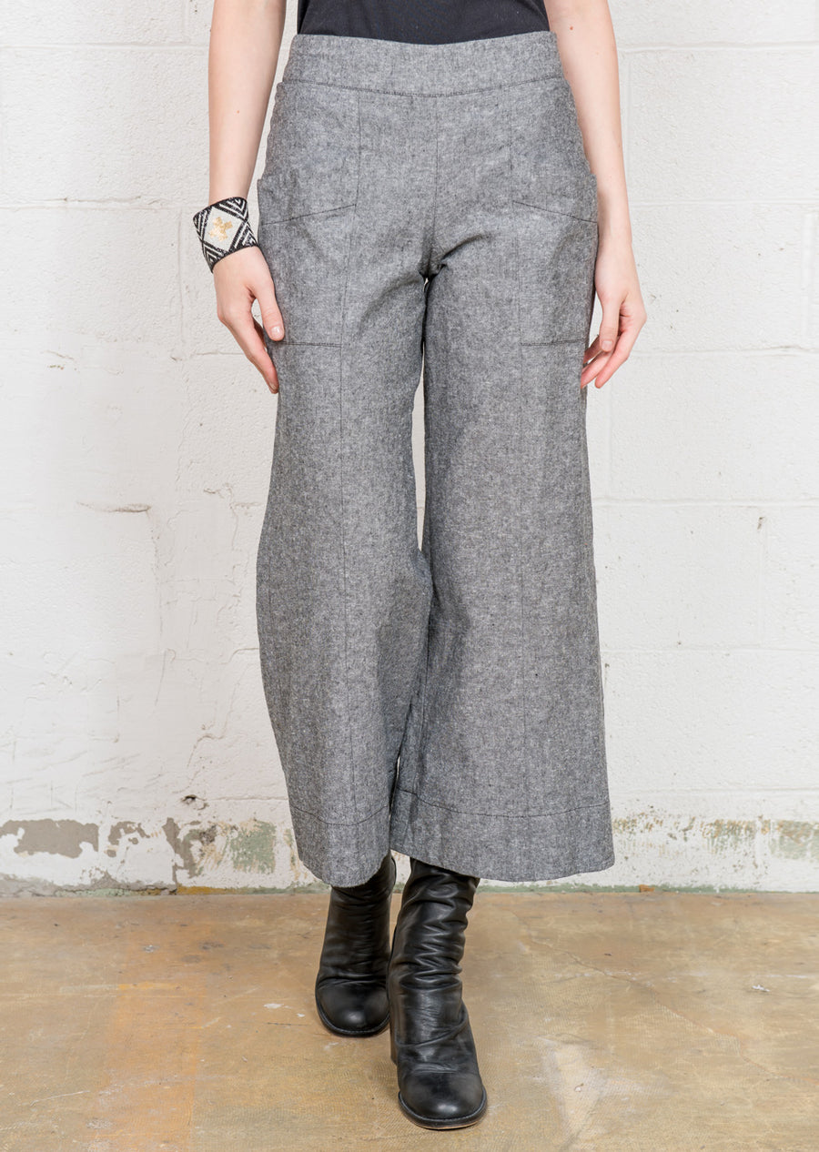 Charcoal Cropped Pant R2040 cha