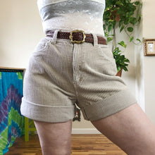 Vintage Cream Ultra Wide Wale Corduroy Shorts - XL