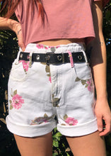 Vintage Floral Denim Shorts - L
