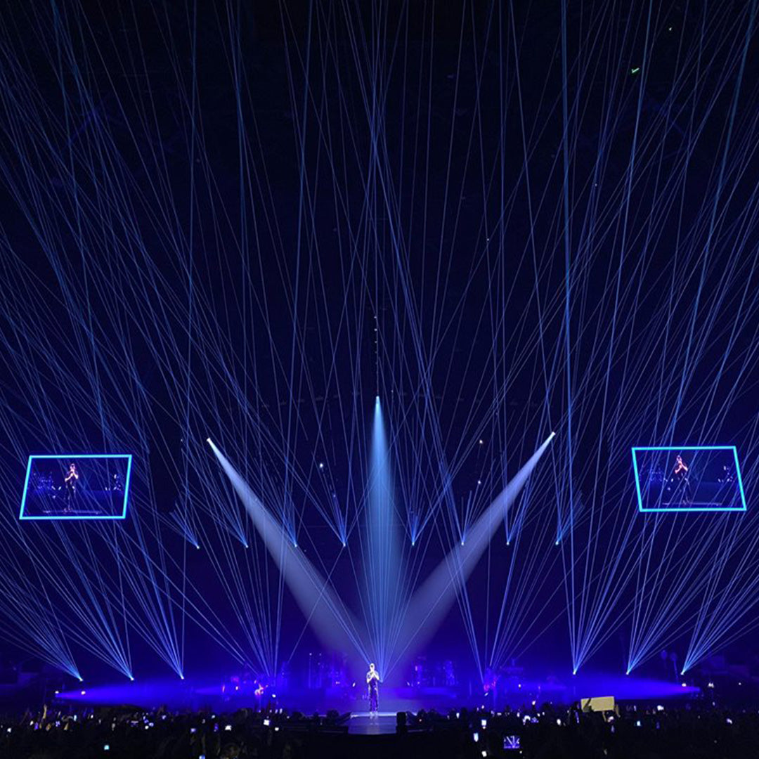Enrique Iglesias Laser Show at the AccorHotels Arena