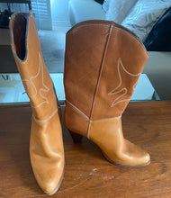 Tan Leather Cowboy boots With Cream Color Top Stitching 8.5 - City Girl Barn Treasures