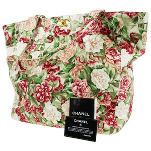 Chanel Shopping Tote Vintage 90's Floral Flower Beach Quilted Cc Green Red Tote